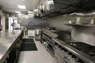 Tại sao nên sử dụng thiết bị bếp công nghiệp inox