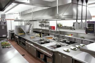 Không gian bếp nhà hàng