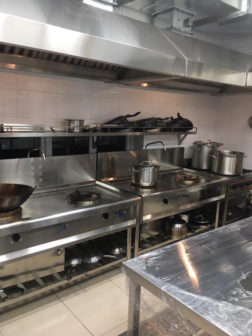 Một số thiết bị bếp công nghiệp quan trọng không thể thiếu trong nhà hàng