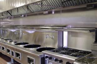 Bếp công nghiệp nhà hàng và những yếu tố cần quan tâm