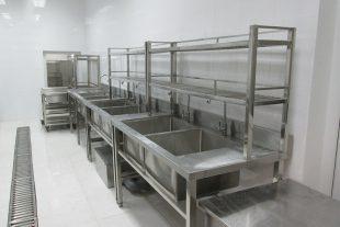 Những lưu ý để có thể chọn lựa được chậu rửa bát công nghiệp đạt chuẩn