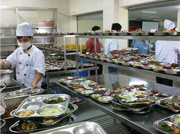 thiết kế bếp cho nhà hàng